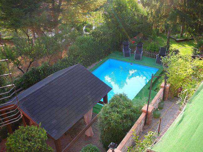 casa rural grande con piscina en huesca