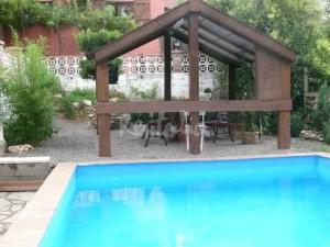 casa rural con piscina en Huesca